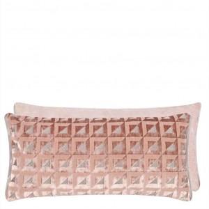 Coussin Monserrate Cameo en velours rose pâle Designers Guild